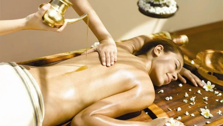 Descoperă beneficiile masajului ayurvedic